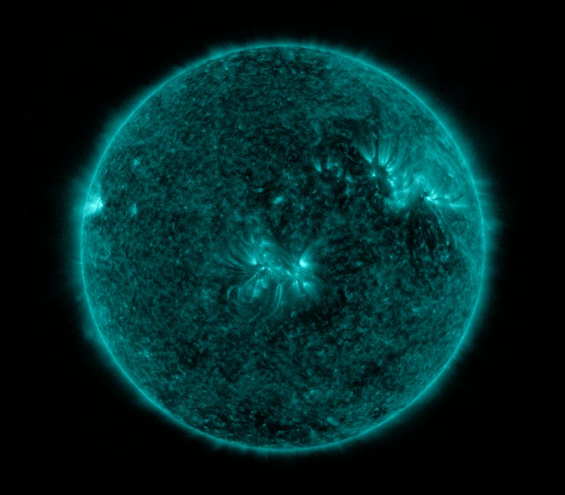 Solar Dynamics Observatory 2017-04-28T00:27:17Z