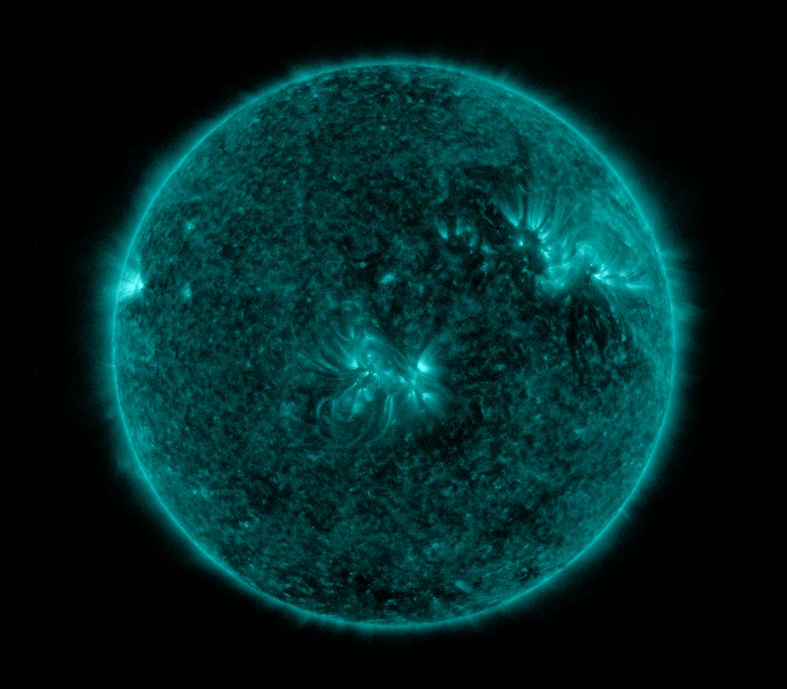 Solar Dynamics Observatory 2017-04-28T00:34:40Z