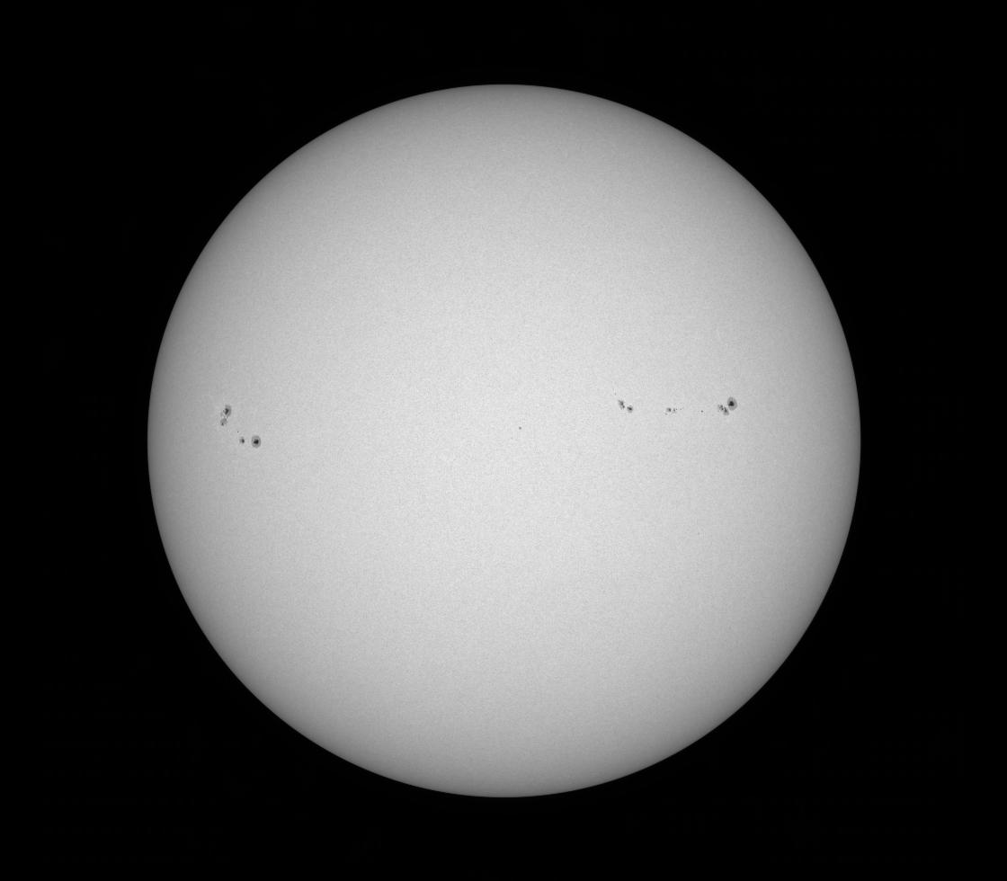 Solar Dynamics Observatory 2017-08-22T22:39:44Z
