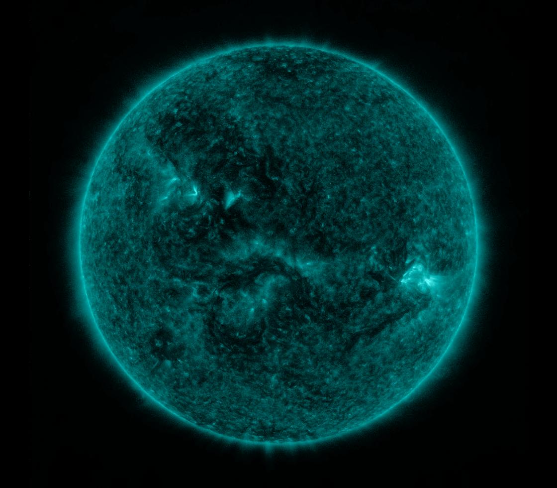 Solar Dynamics Observatory 2017-11-23T10:59:58Z